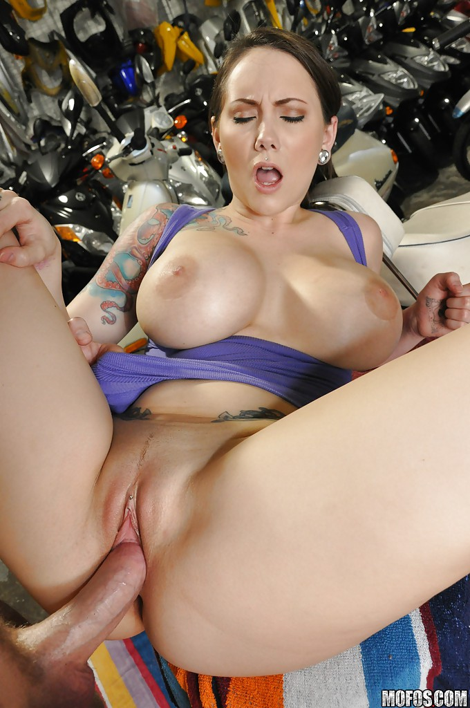 Ashton Pierce Creampie