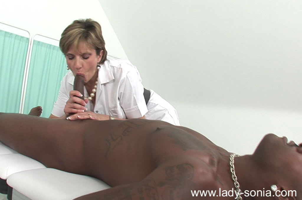 Young black milf-5468