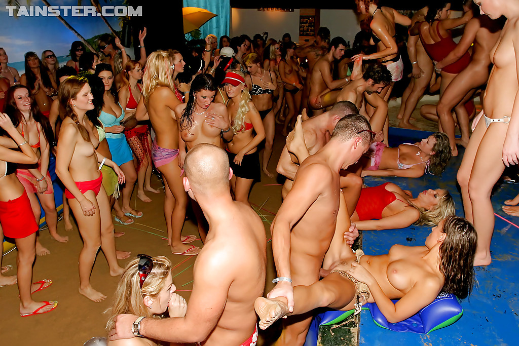 Free drunk sex orgy party pictures