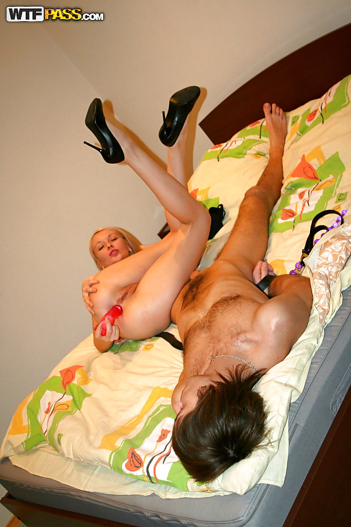 have ebony shemale takes fat dick up her asshole on the bed apologise, but