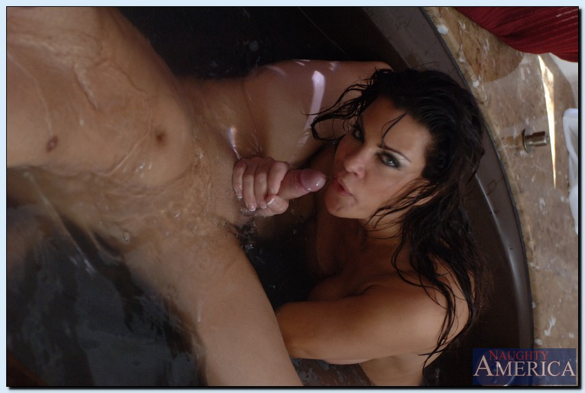 Teri weigal gets a cumshot vid