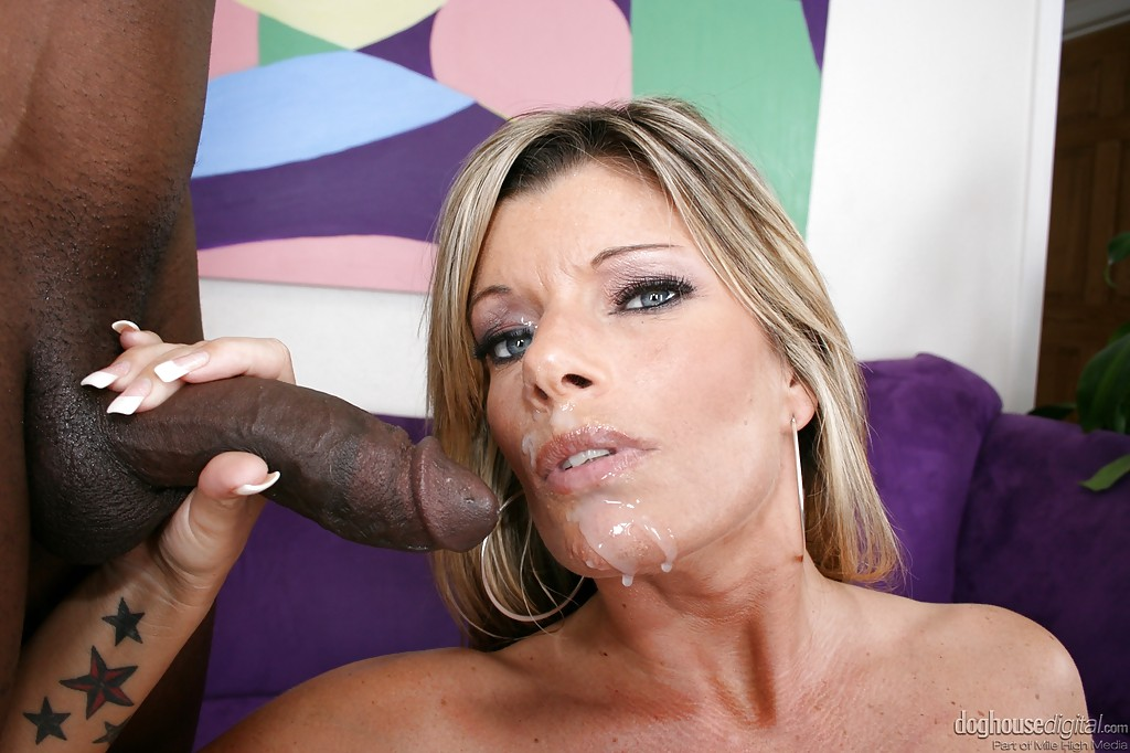 Black Cock Makes Her Squirt