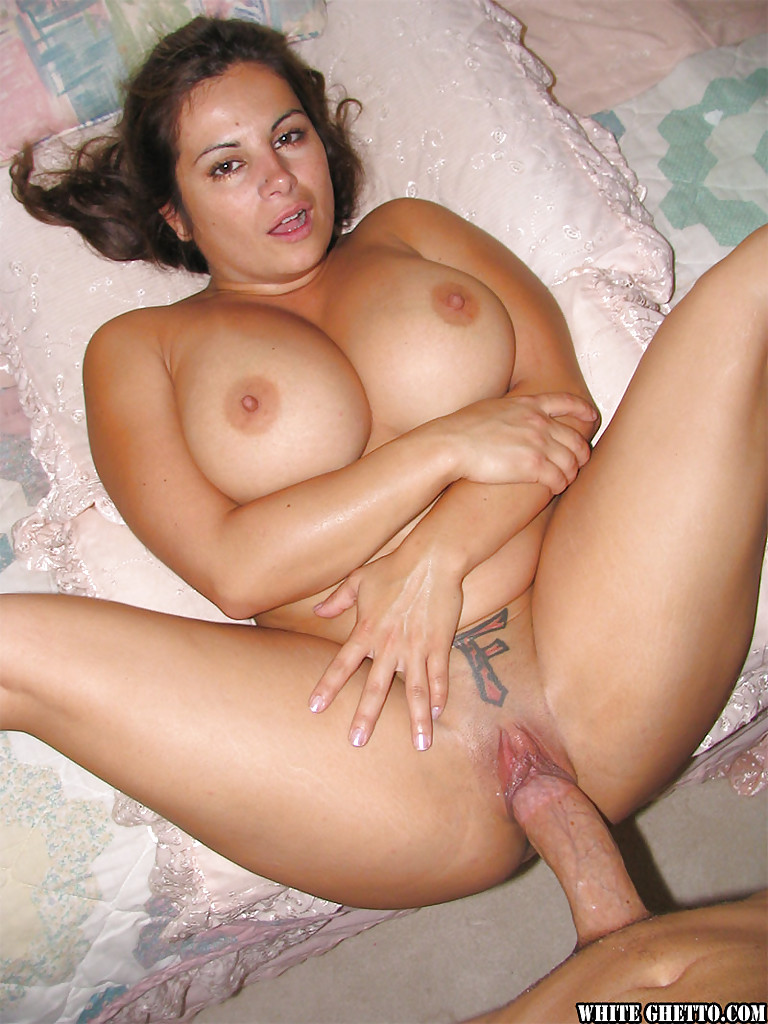 Curvy Slut With Massive Jugs Gets Her Shaved Twat Nailed Hard