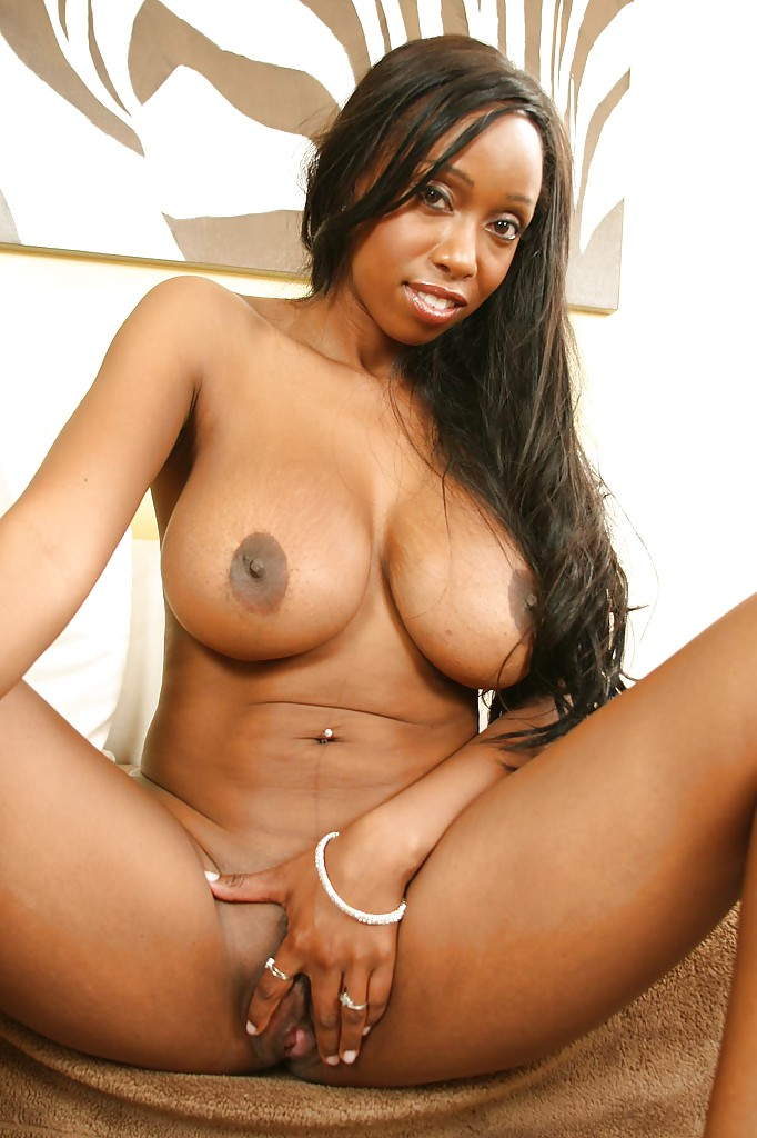 Ebony oils her big ass tight exit hole for her favorite toy 6