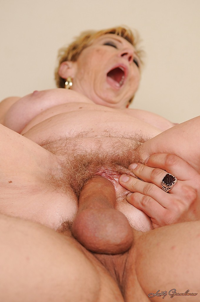 Sewing granny takes her customer039s cock 7