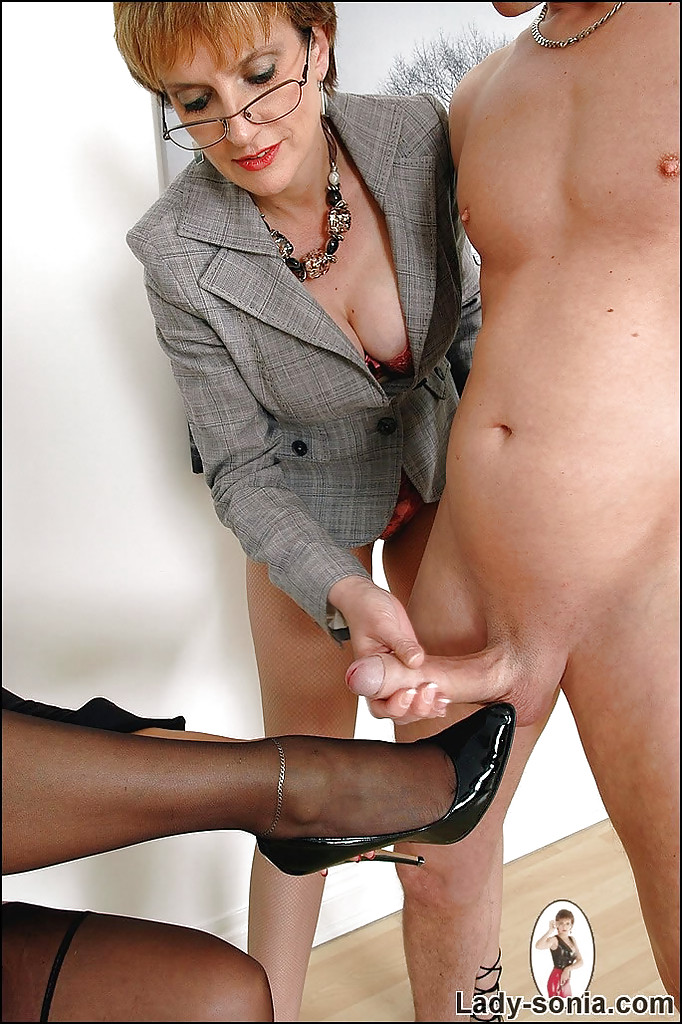 Lady sonia foot sex vidios