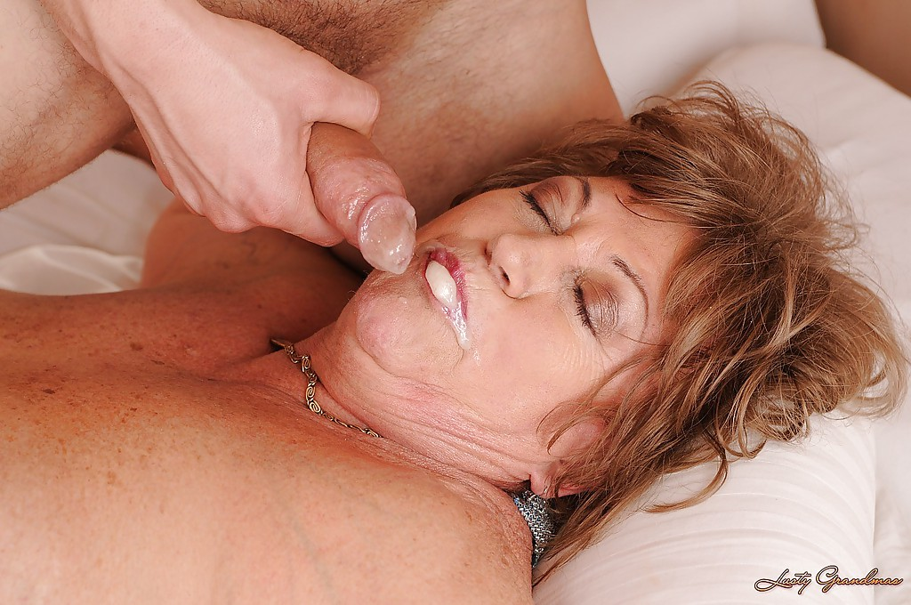 Mature cum in mouth granny