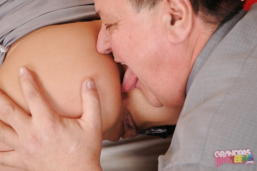 Asian Teen Fucked Old Man