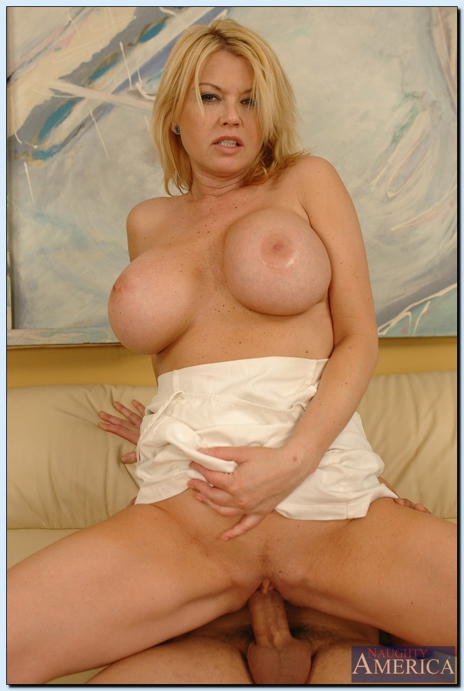 ... Mature vixen with huge boobs Carolyn Monroe gets banged by a younger  lad ...