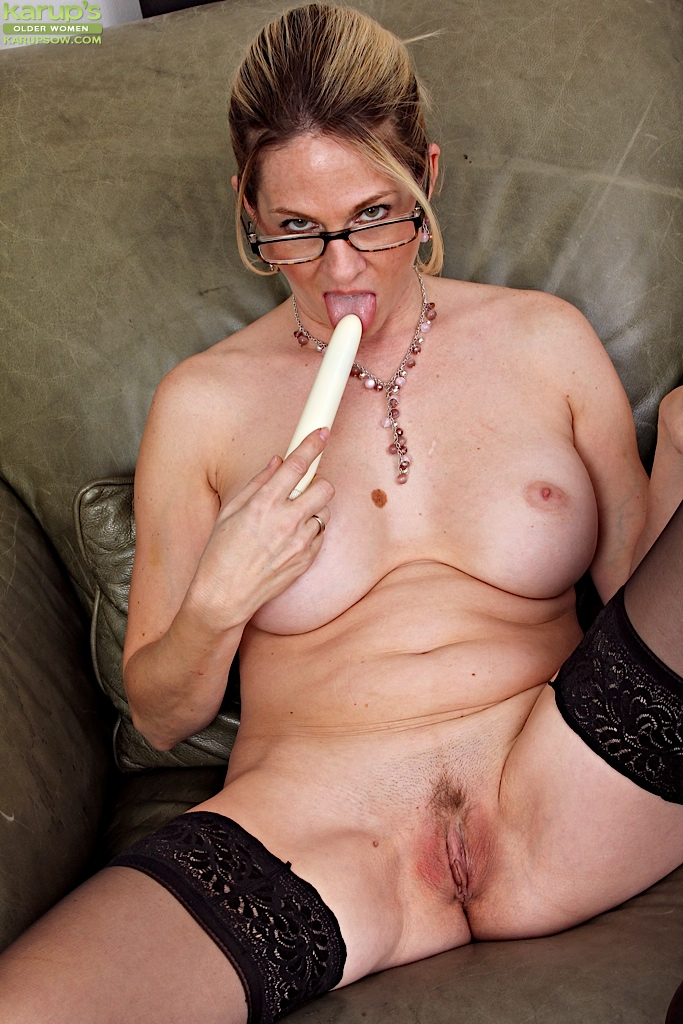 Amatuer slut fisting video tubes