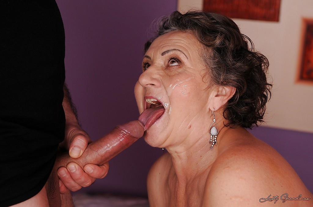 Lick mommy s ass