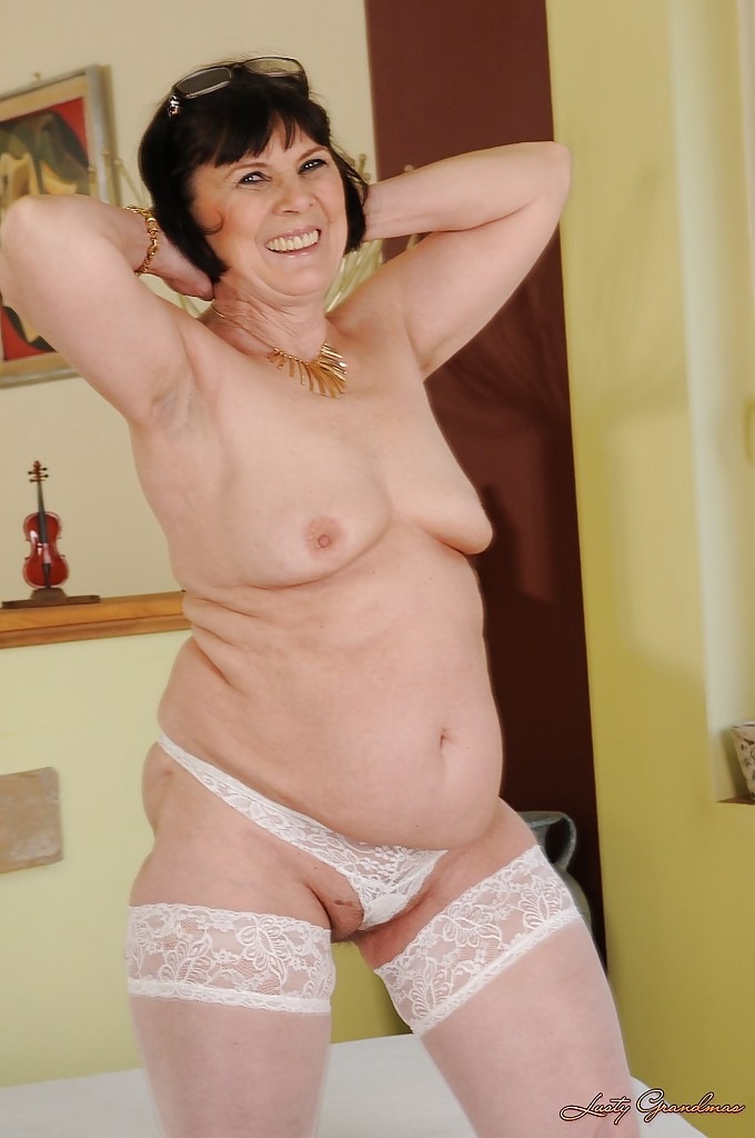 Apologise, Fat bbw mature grannies stripping like