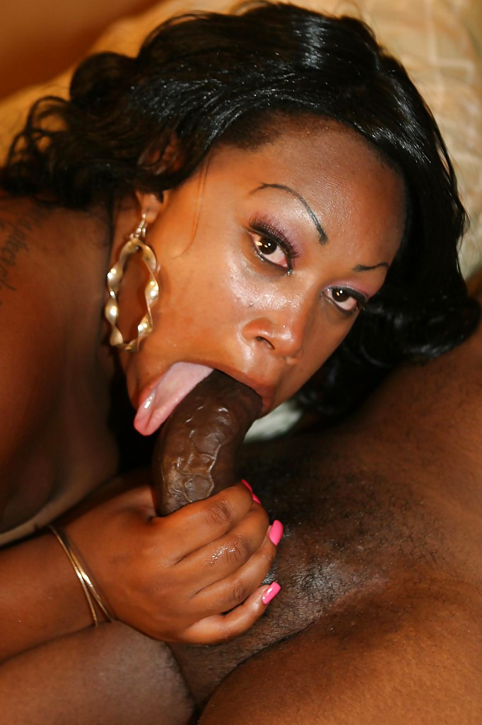 Sloppy ebony blowjob