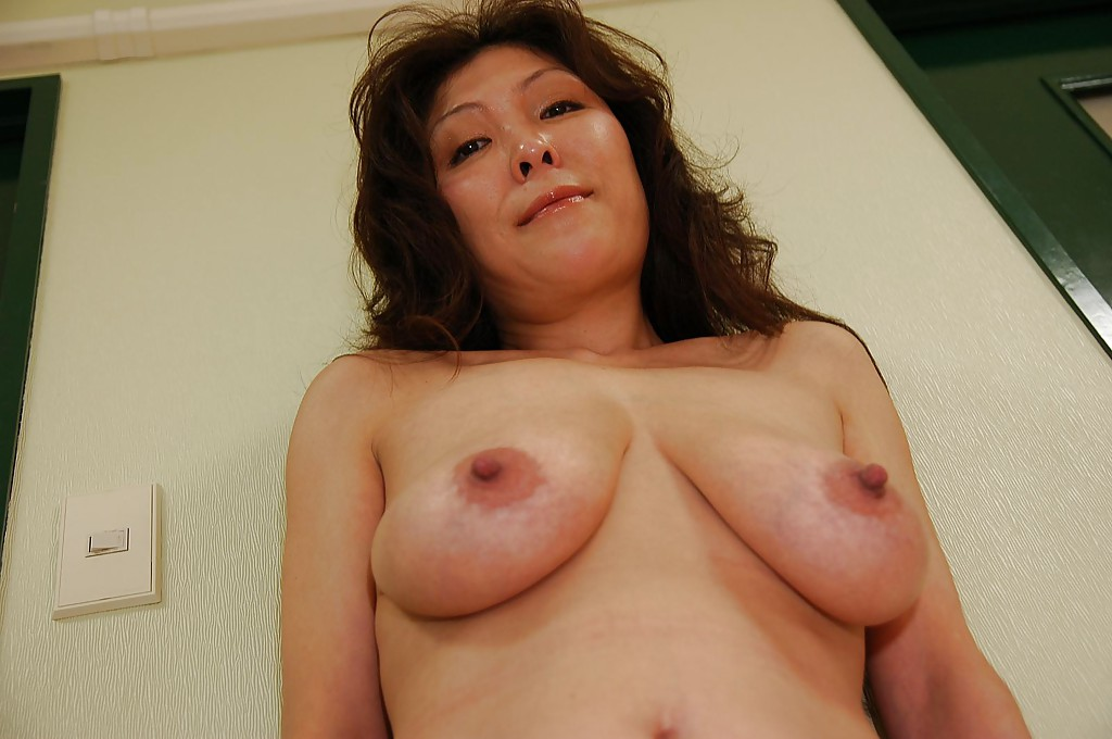 Can help Bustly asia milf share