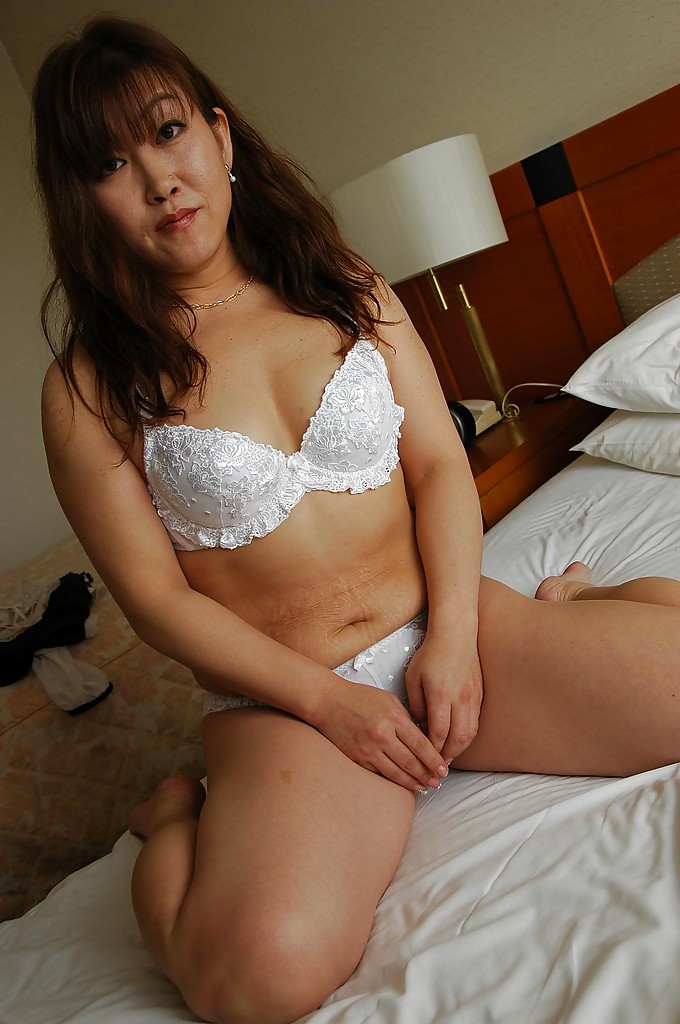 Mature japaness adult right! good