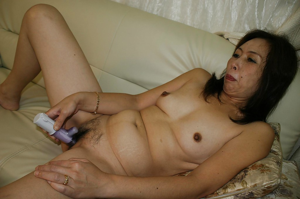 Cuzao oldest asian grannies nude pics sexy MILF can