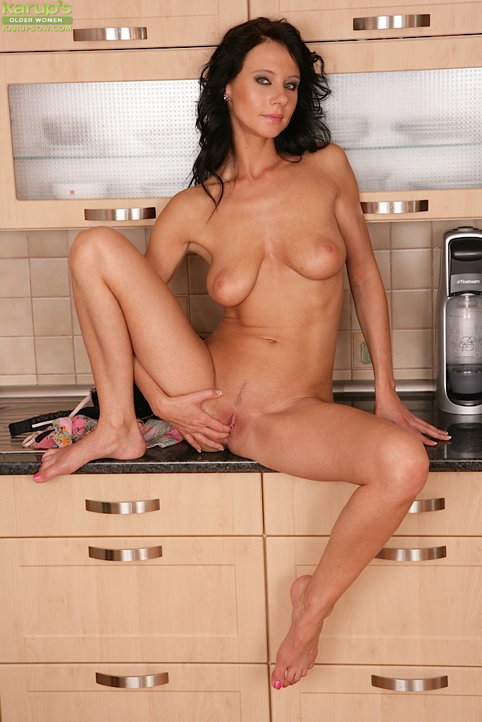 Pity, brunette lady mature consider