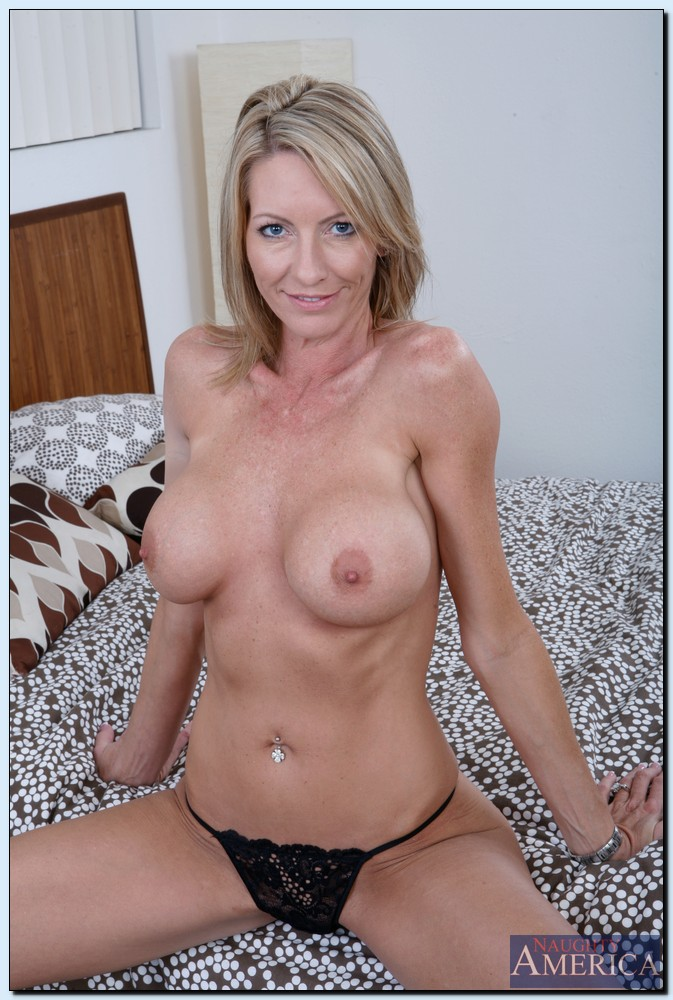 Think, that naked milf xxx nipple for