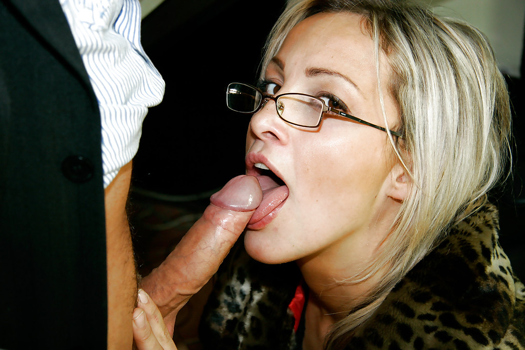 Bbw with glasses gets her face glazed