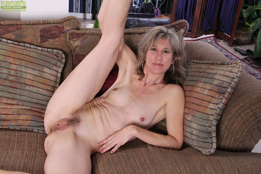 Naked Mature Amature Women