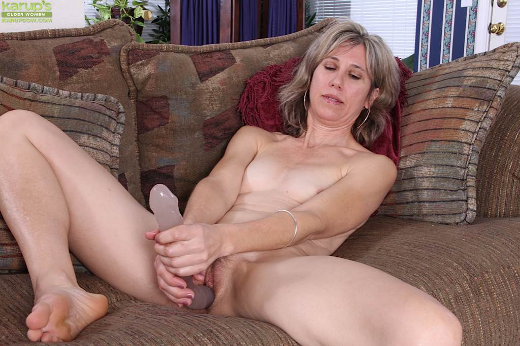 Sex With Mature Lady