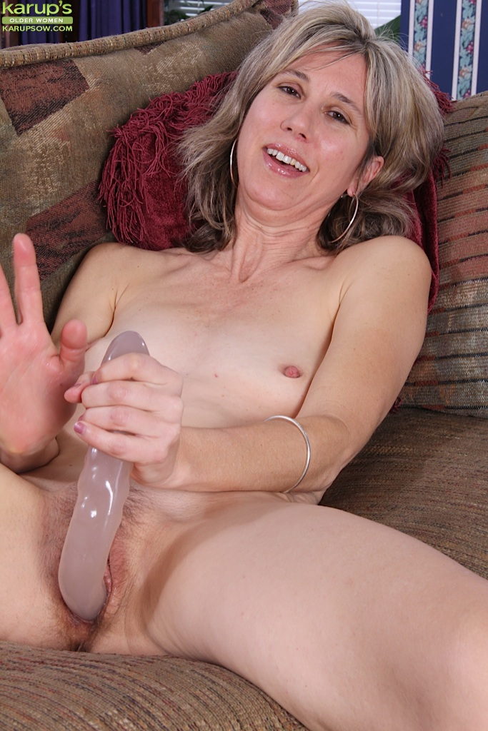 Mature sex hungry