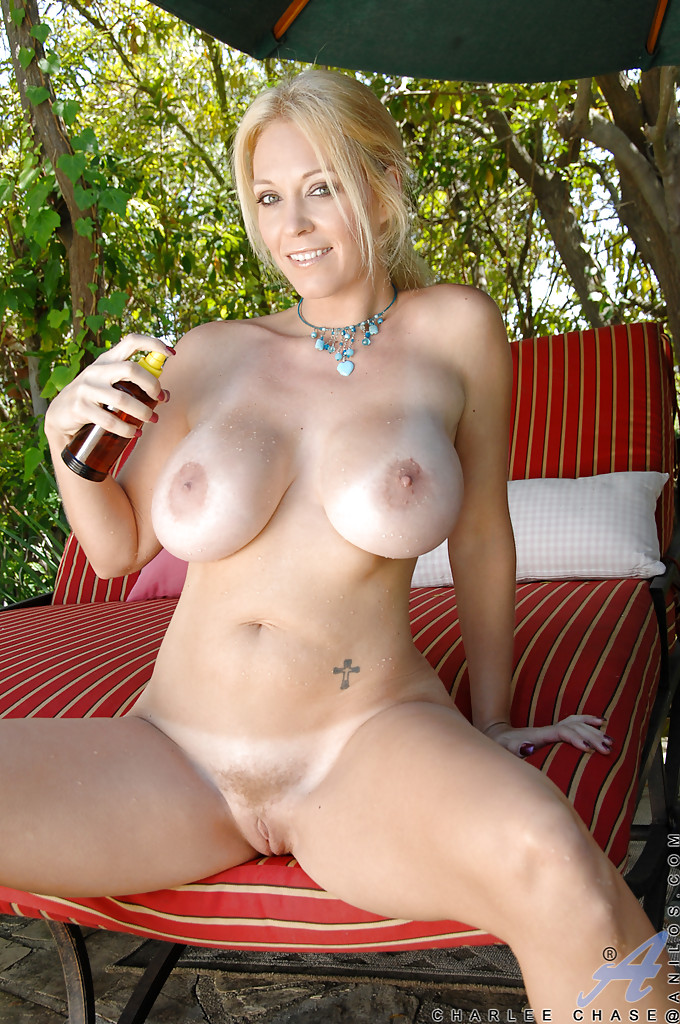 Will Mature big tits cougars next door question