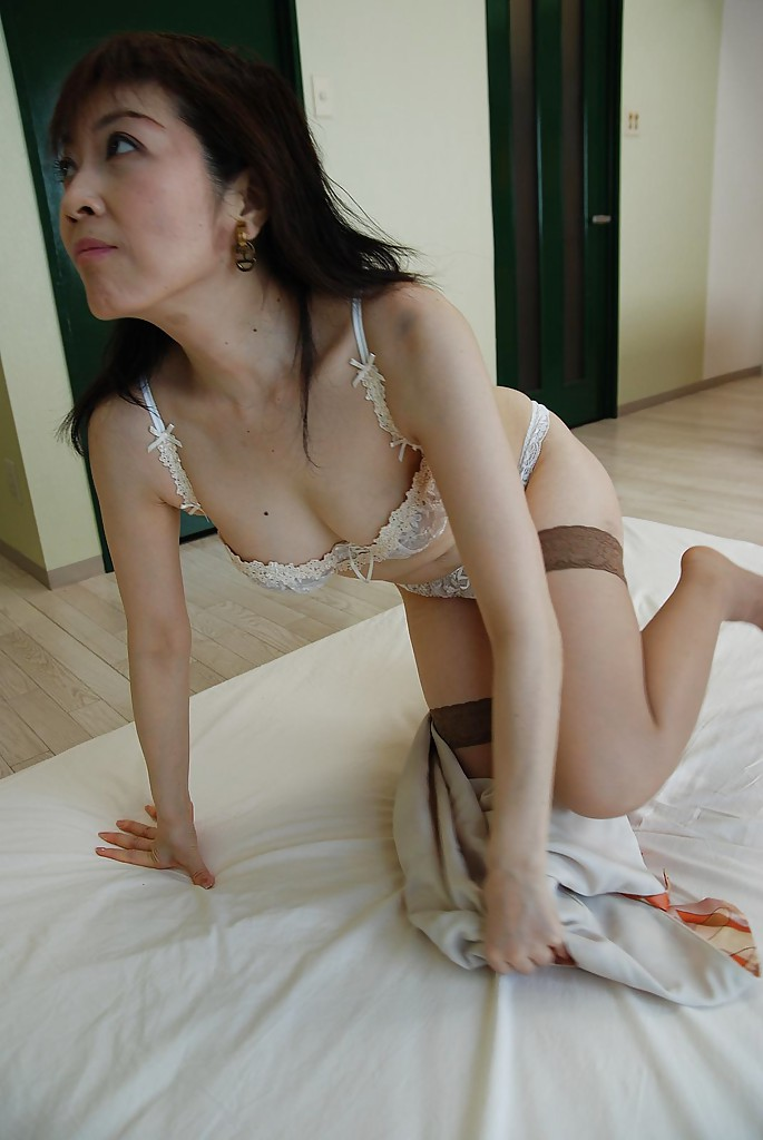 pussy japanese wide pornpics hips