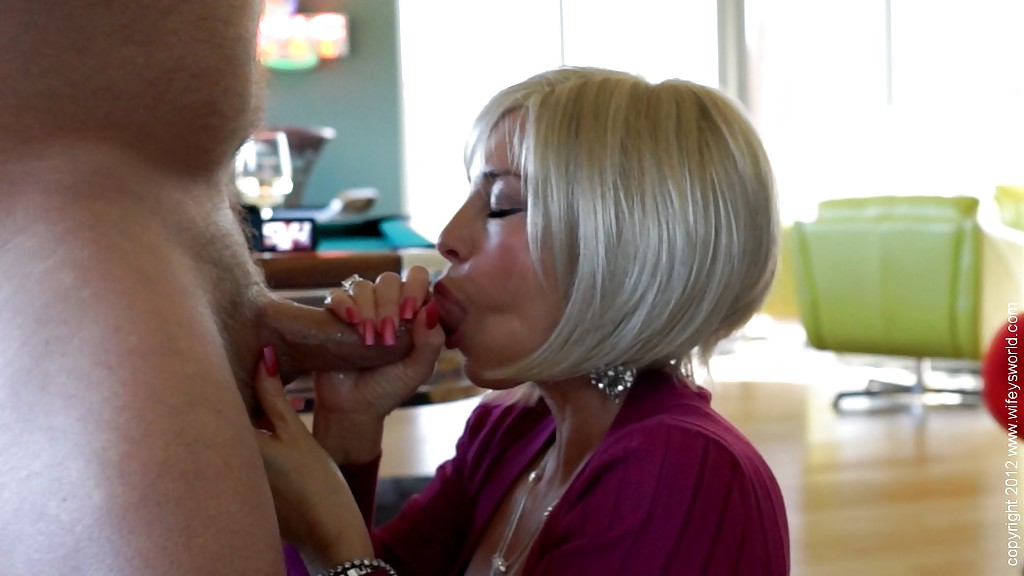 Doggie Porn Vixen - ... Bosomy mature vixen gets banged doggy-style and takes a cumshot in her  mouth ...