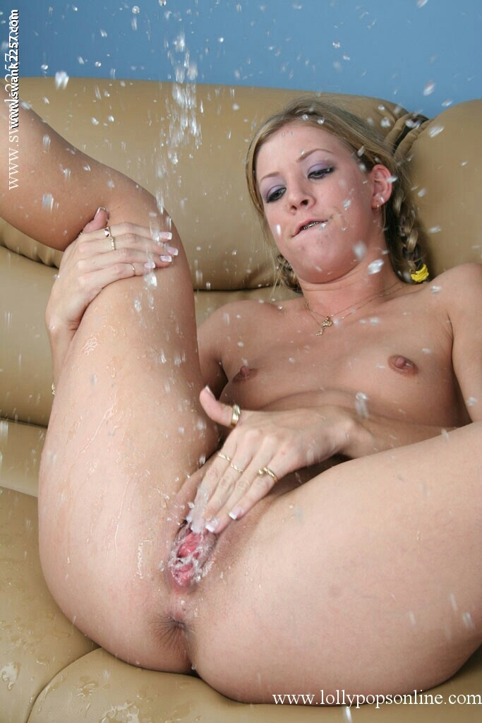 girls squirting pics