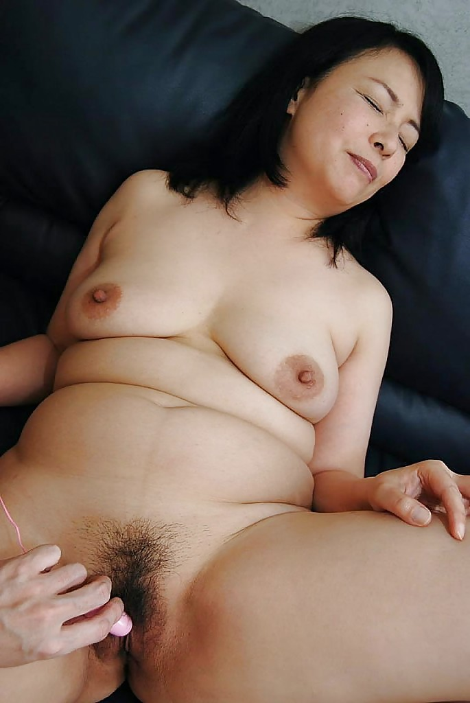 Asian milf sex