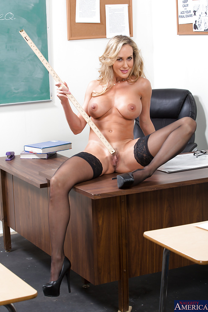 Nude female teacher in class — img 15