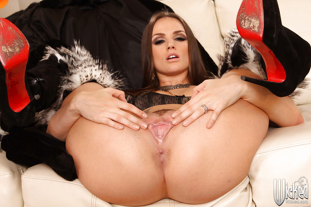 Tori black glass-6664