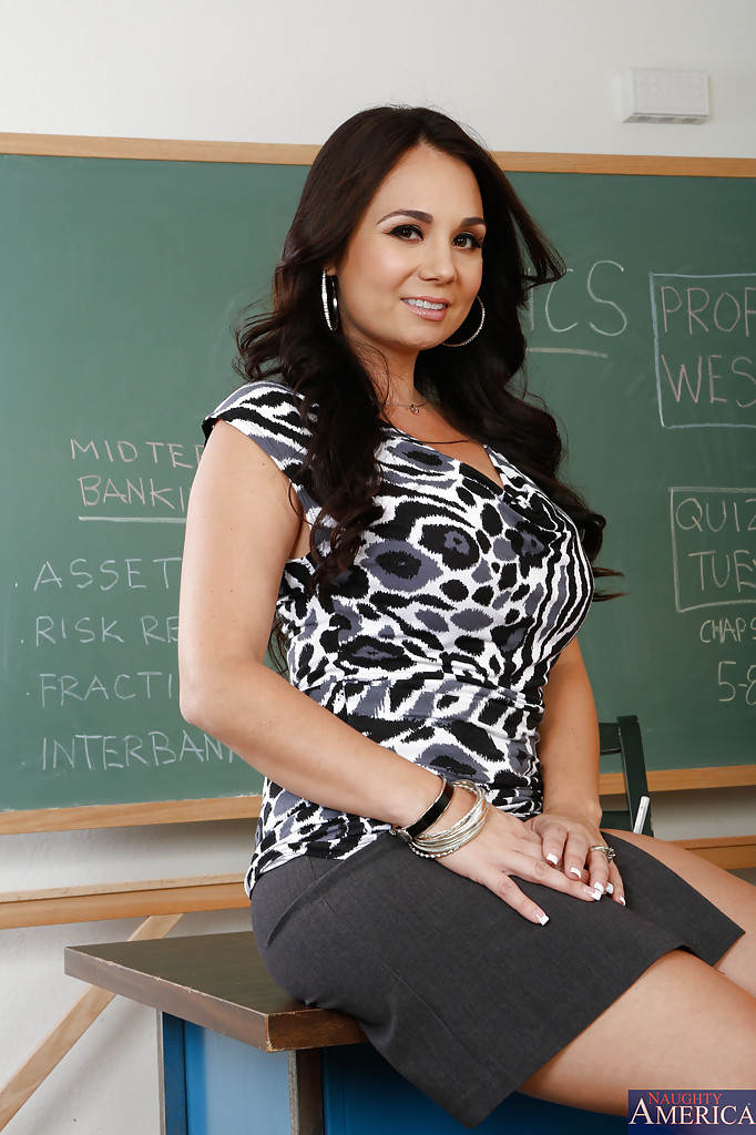 World needs busty latina teacher milf CAMERAMAN SHOULD