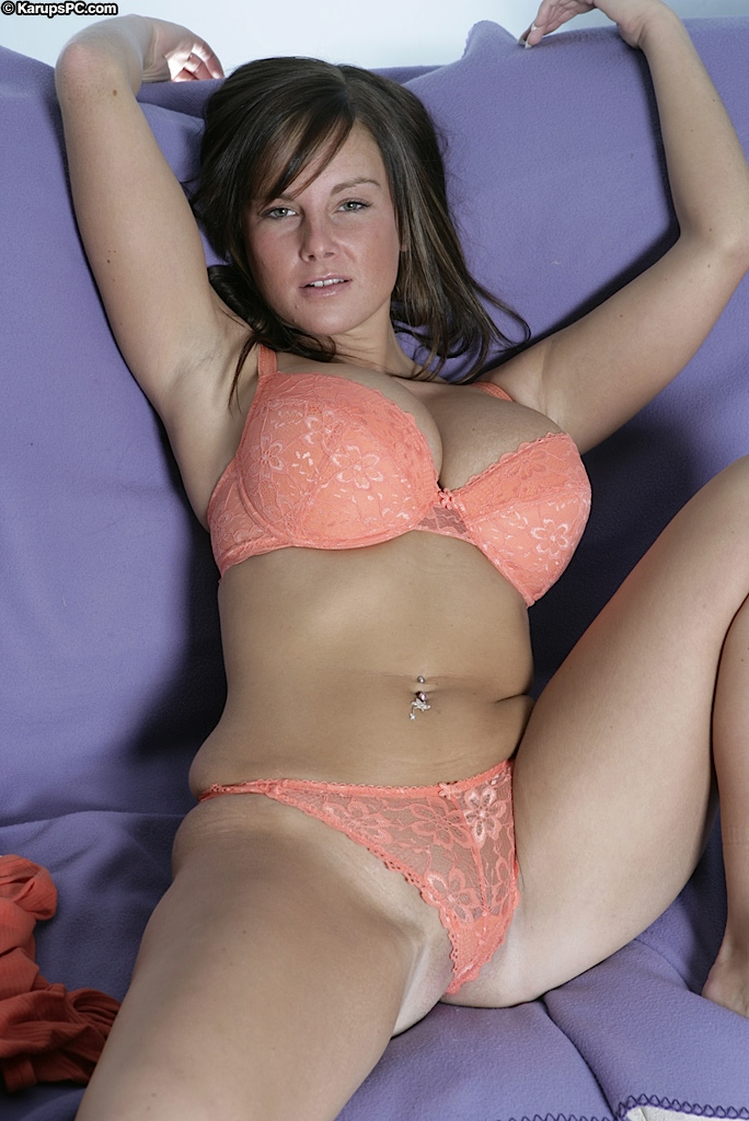 Girls in bras and panties xxx are