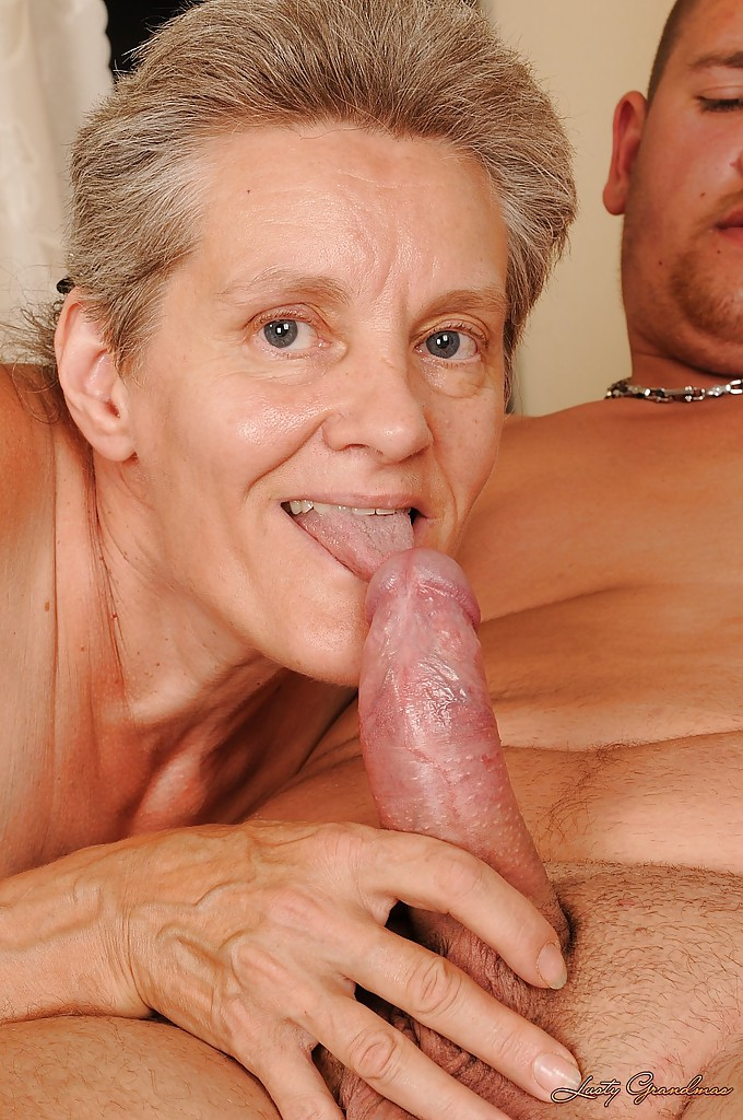 Gay face cumshots xxx riding bareback with 5