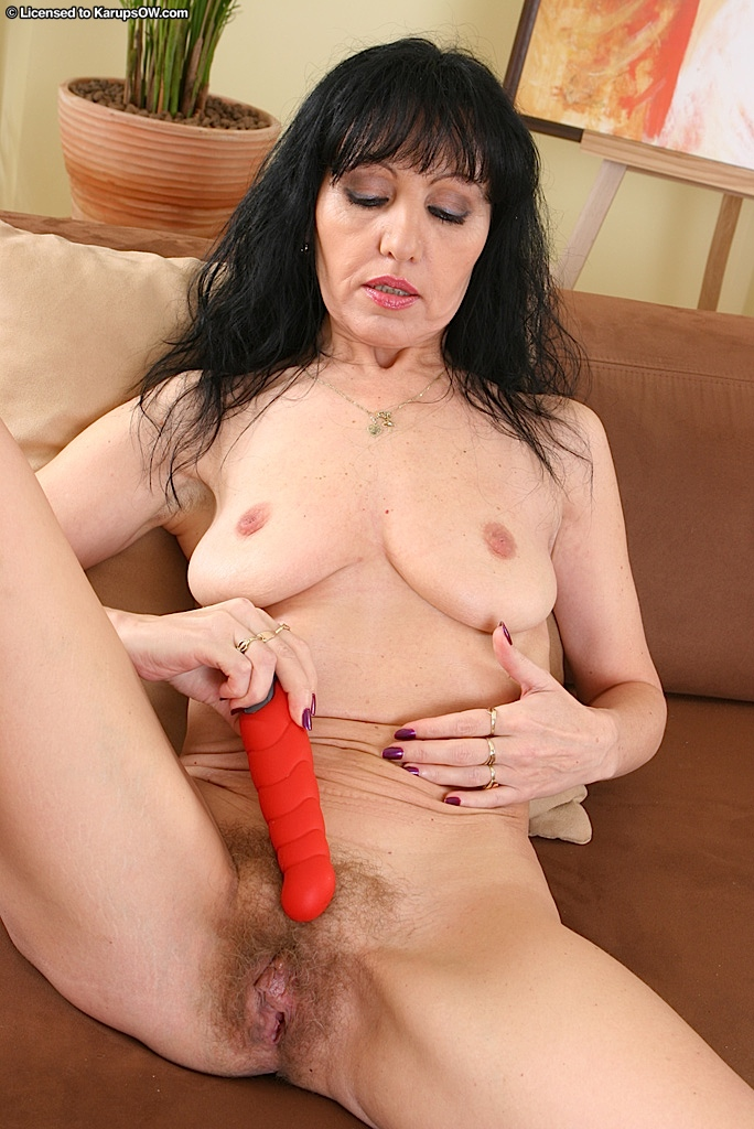 Naked brunette english mature not
