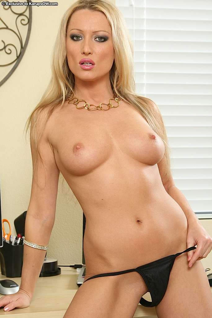 Blonde Milf Trimmed Pussy