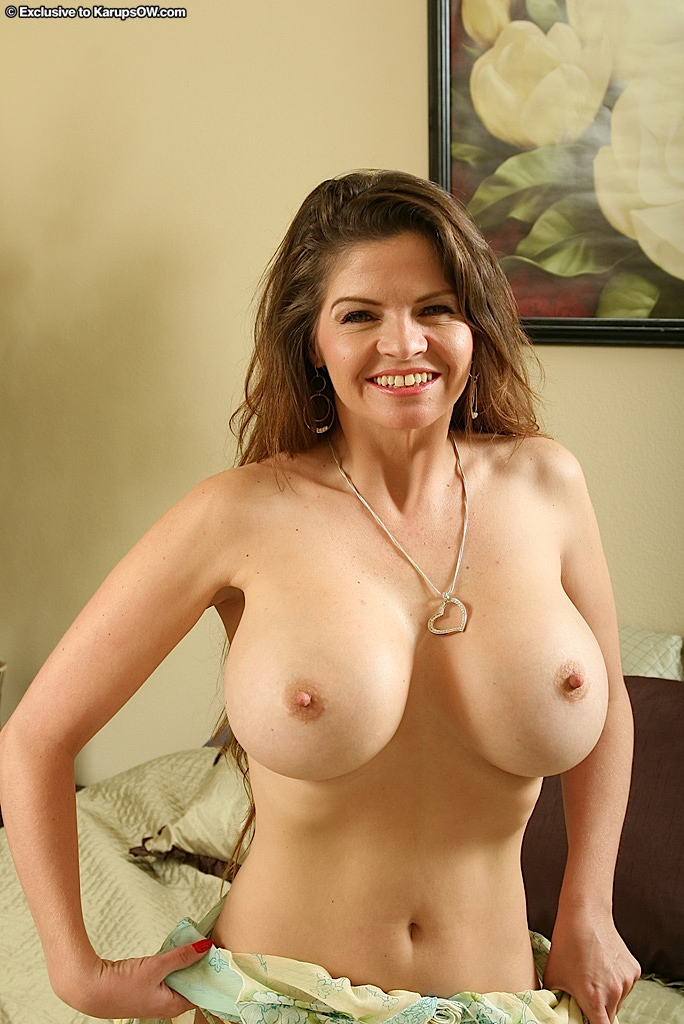 Above understanding! big natural tits mature women