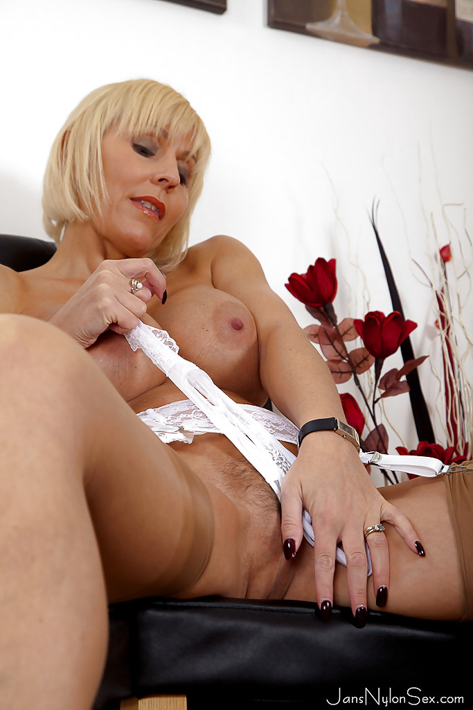 Sexy Mom Jan Burton Evil Angel 1