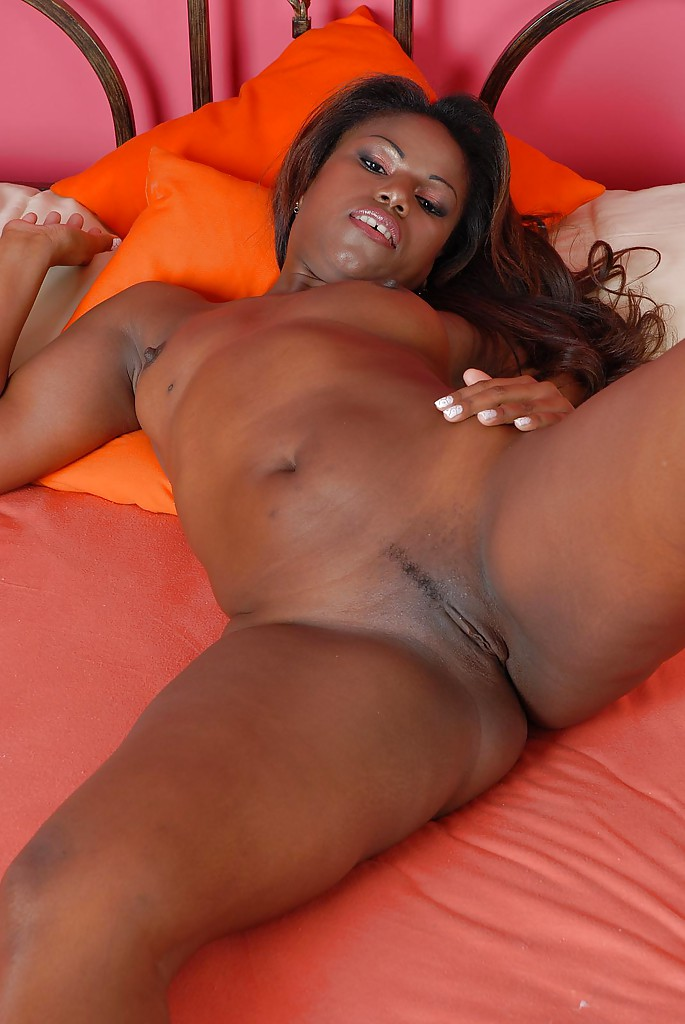 Ebony nude photos
