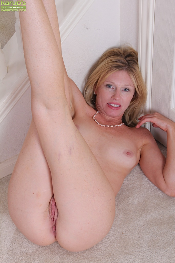 Good Sexy milf cougars ass spread Goes! final