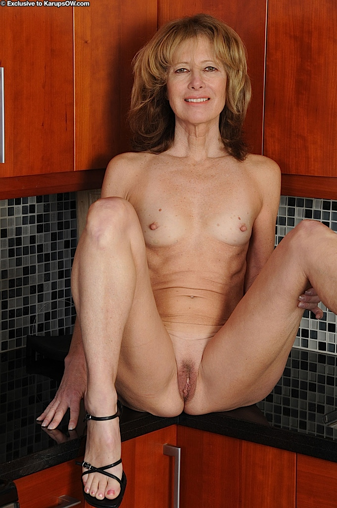 Milf anal seduction
