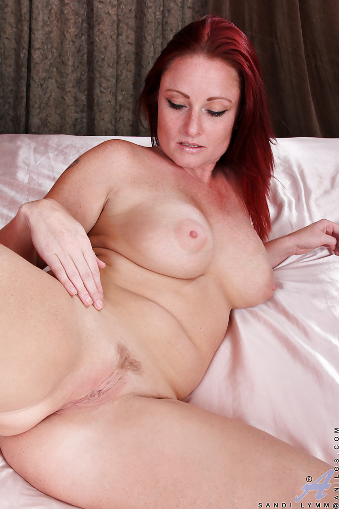 Are naked middle aged women sex cougars apologise