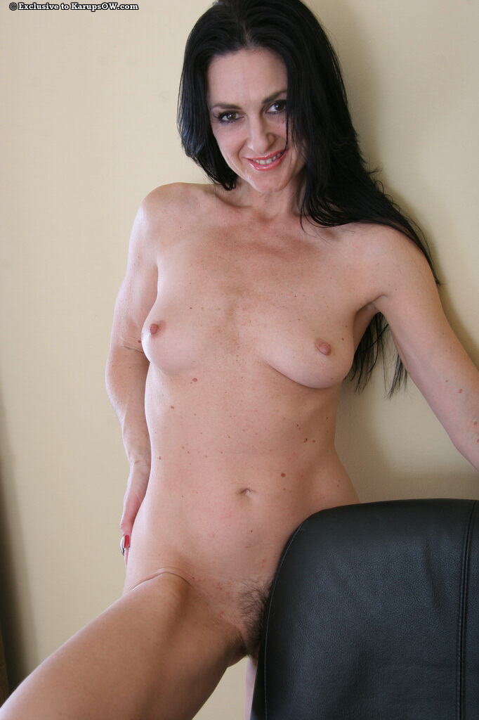 Sexy perky mature boobs