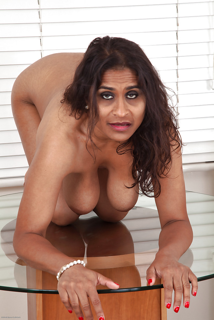 Indian nude mature women all