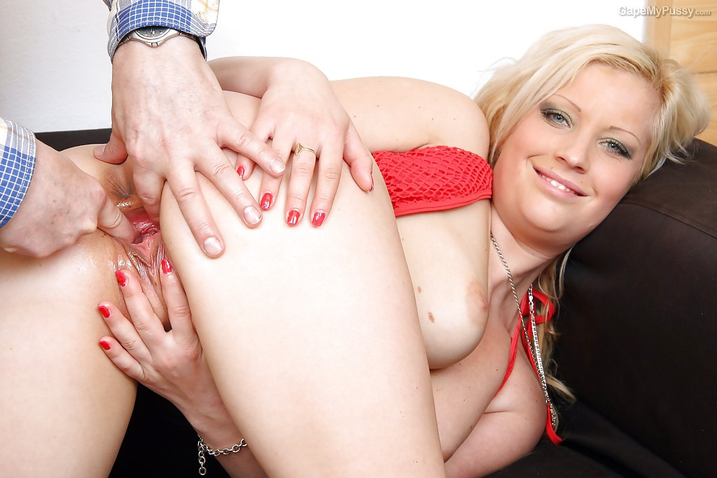 Fatty with joyous pussy named Nataly Gold goes inside her twat