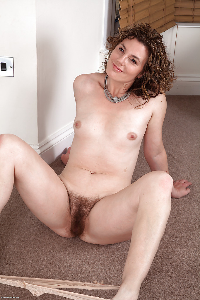 naked mature women Happy