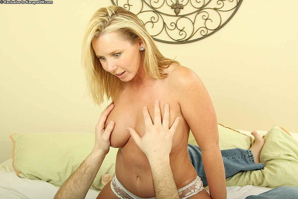 Naked milf lacey love
