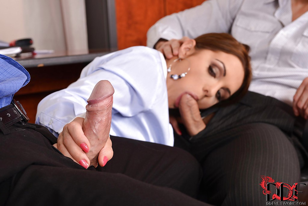 girls-nude-office-blow-jobs-forced-anal-blonde